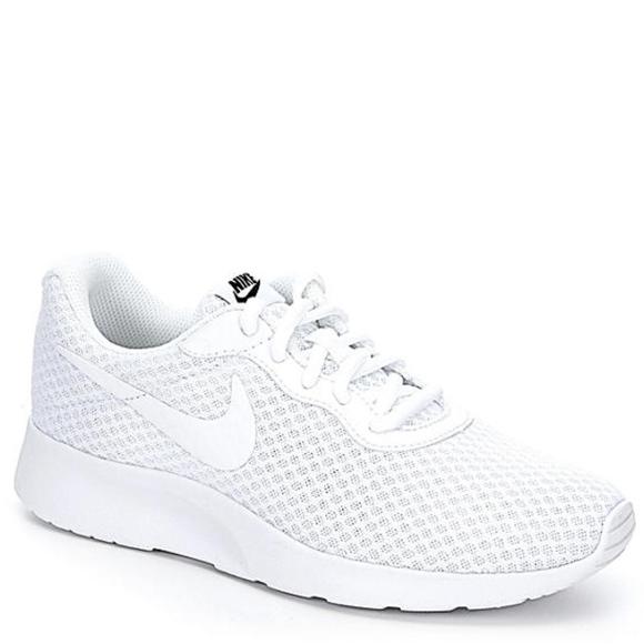 2d459ff471765 Nike Tanjun Sneakers Men s. M 5bd8777fc61777af2e11c201
